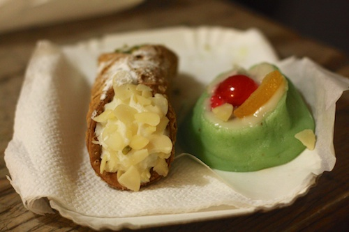 Sicilian desserts at the Assisi Christmas market